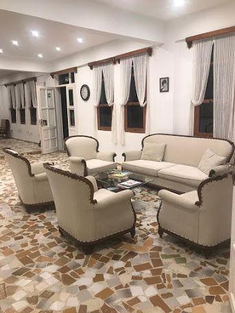 Tropicana Hotel 4