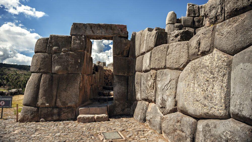 10 Ruinas Incas Antiguas más Impresionantes