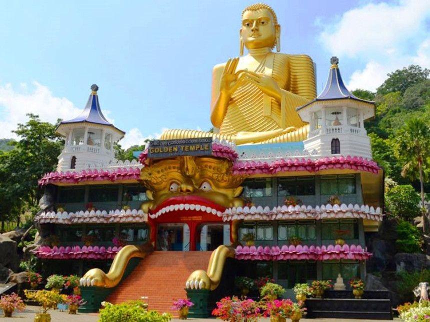Templo de Oro en Dumballa