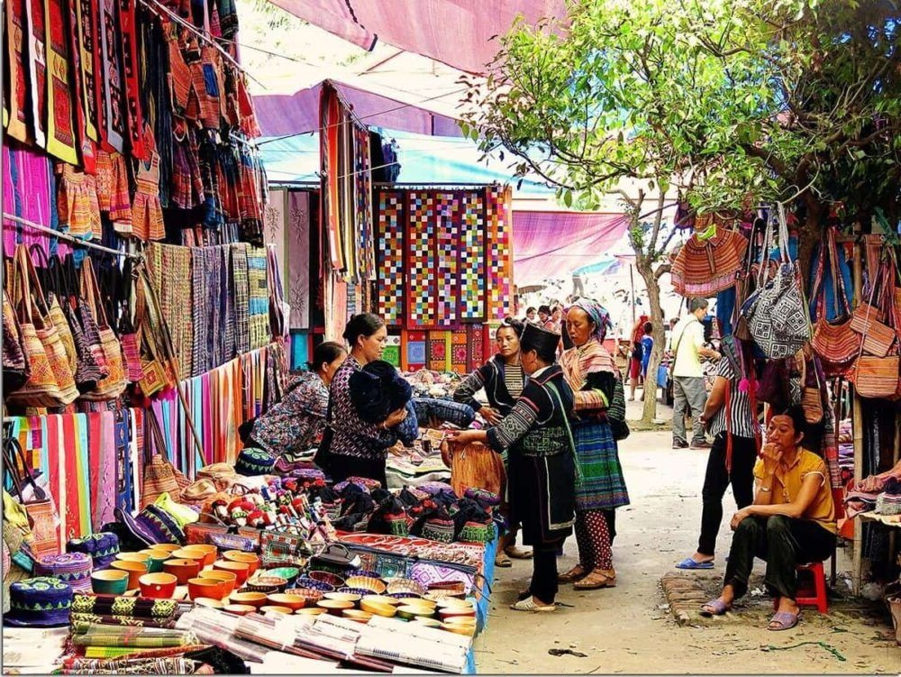 Bac Ha Market Tours Activities
