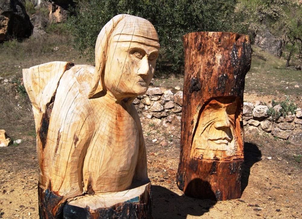 Escultura de madera bogarra
