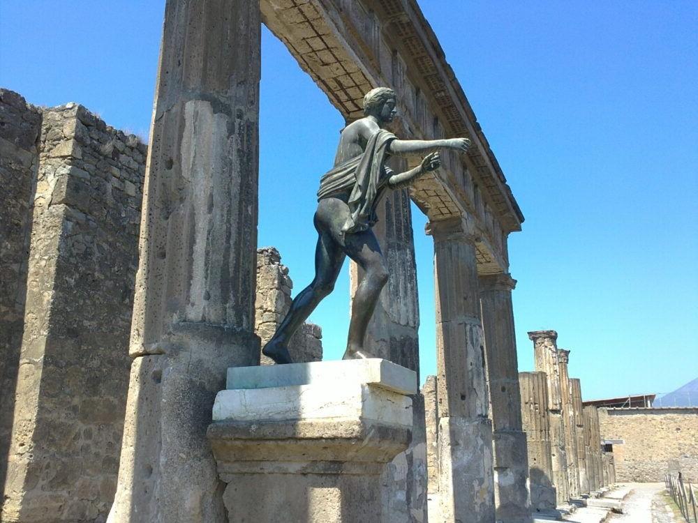 Estatua de Apolo, Pompeya