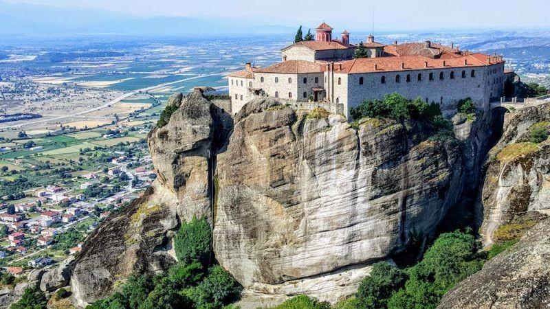 6 impresionantes monasterios en Meteora 2