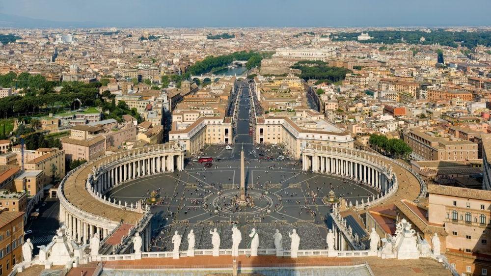 Piazza San Pietro en la Ciudad del Vaticano, Roma