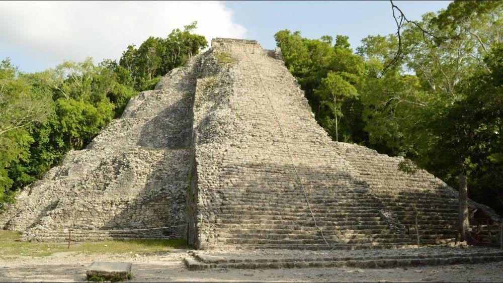 Pirámide de Nohoch Mul (Coba)