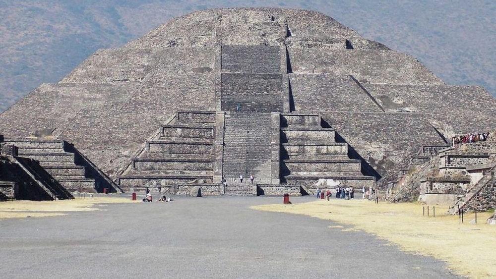 Pirámide de la Luna (Teotihuacan)