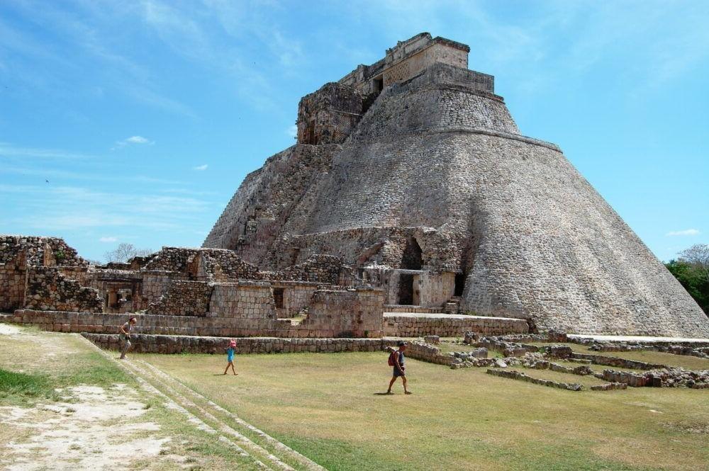 Pirámide del Mago (Uxmal)