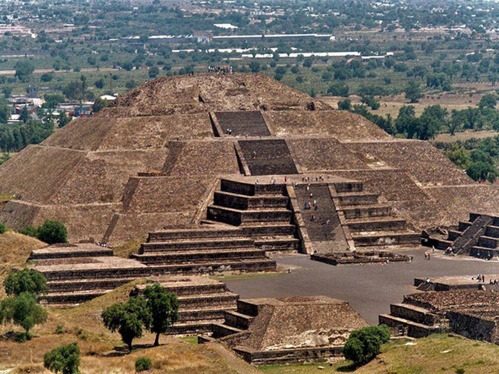 Pirámide del Sol (Teotihuacan)