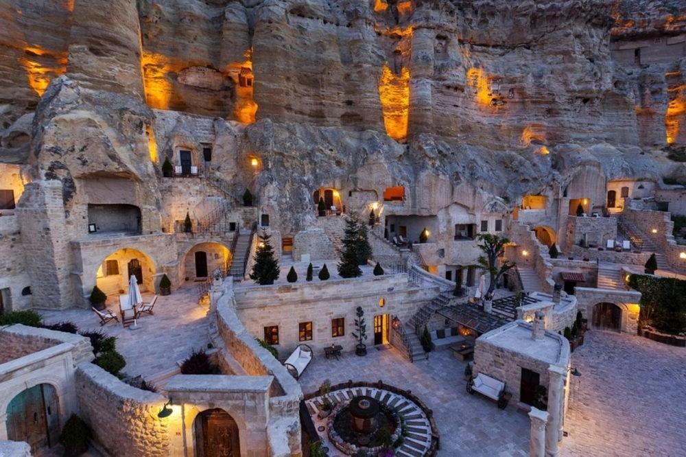 Yunak Evleri Cave Hotel