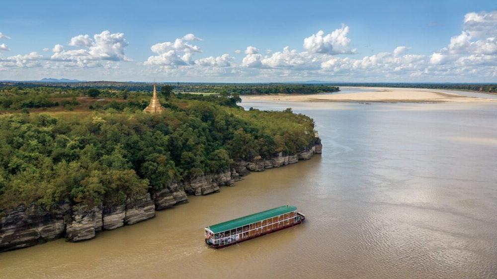 Ayeyarwady River Cruise