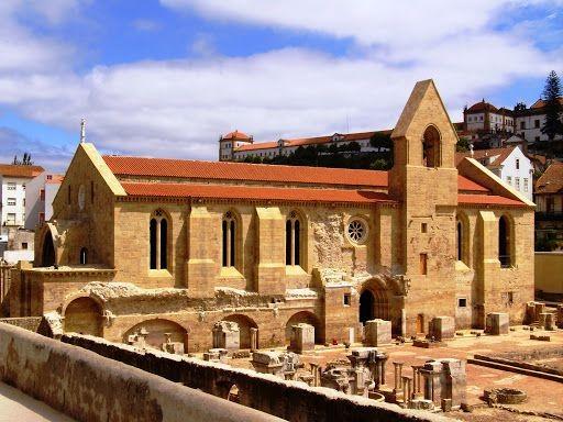 Monasterio de Santa Clara-a-a-Velha