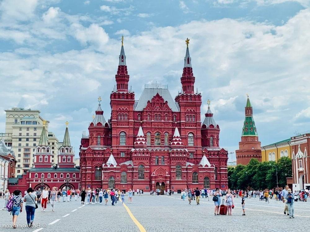 14 plazas famosas en todo el mundo
