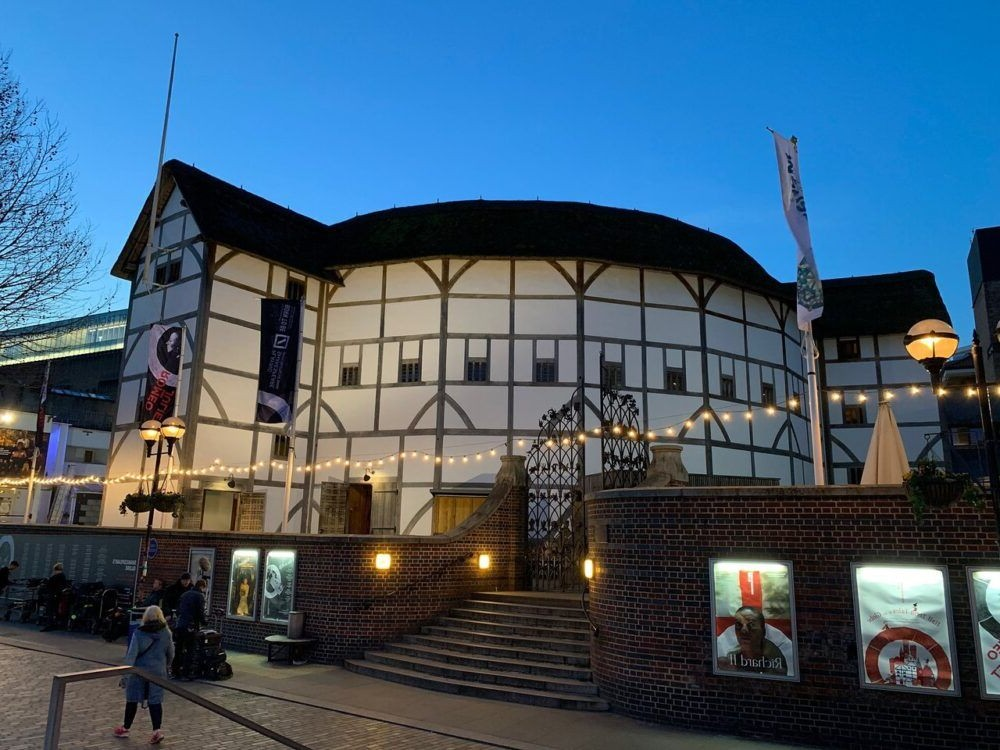 Shakespeare's Globe and Tate Modern
