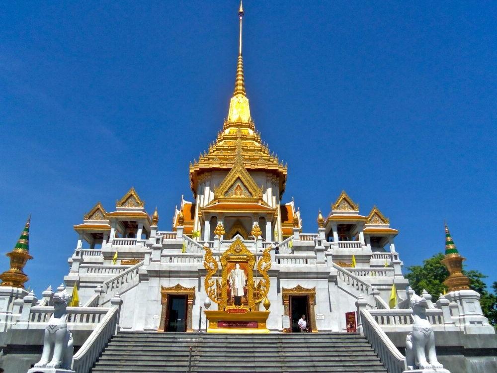 Destino Wat Traimit tailandia