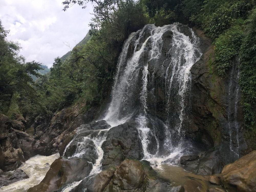 Cascada Thac Bac