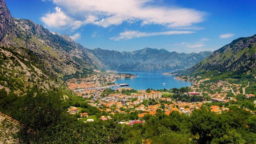 Destino Europa, Bahía de Kotor