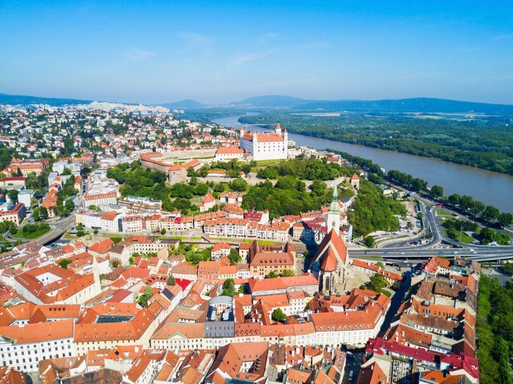 Destino Europa, Bratislava