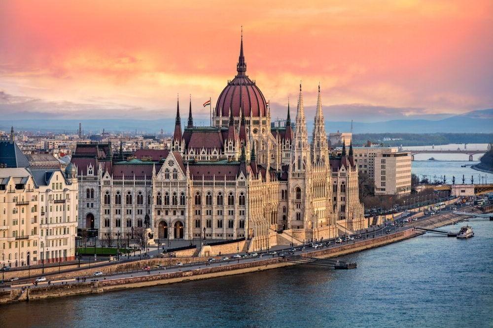 Destino Europa, Budapest