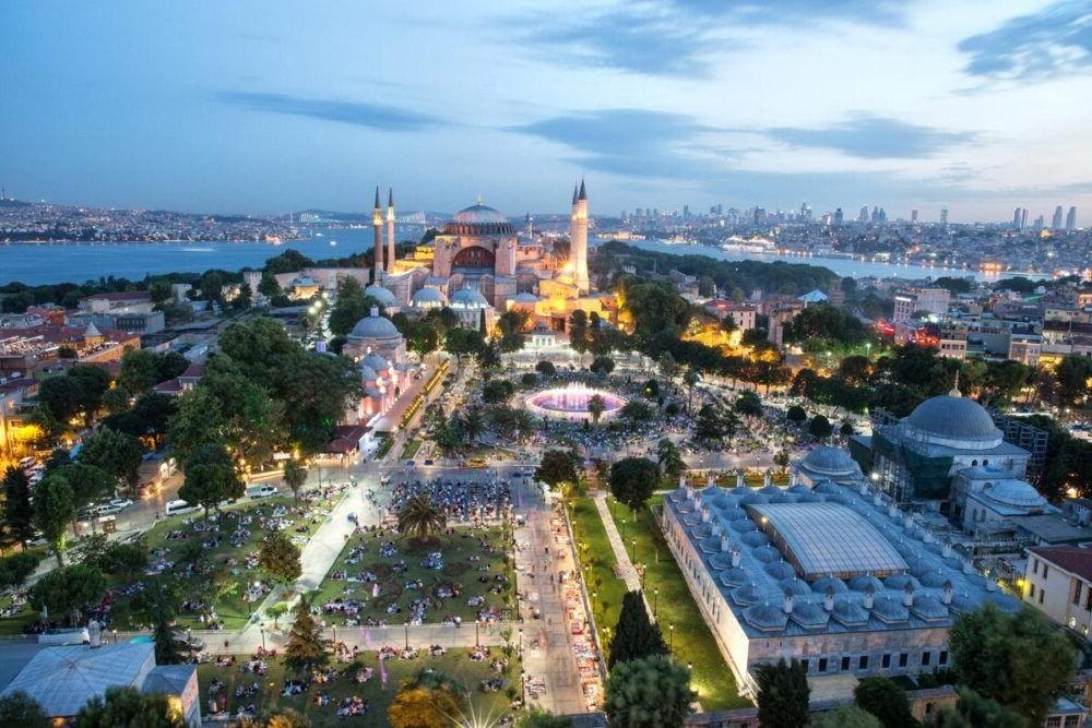 Destino Europa, Estambul