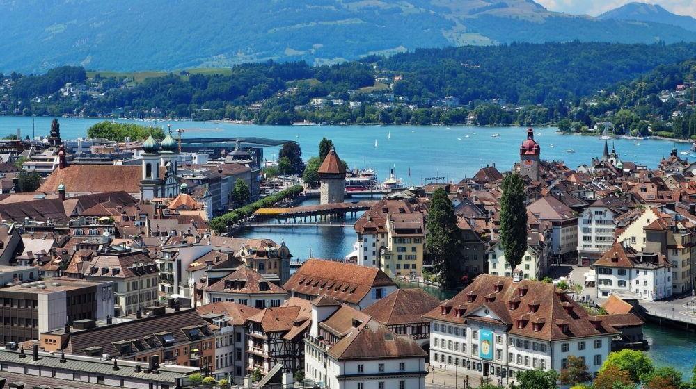 Destino Europa, Lucerna