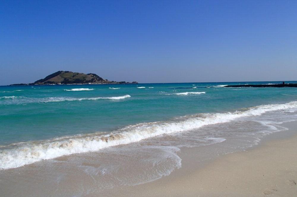 Destino Hyeopjae Beach
