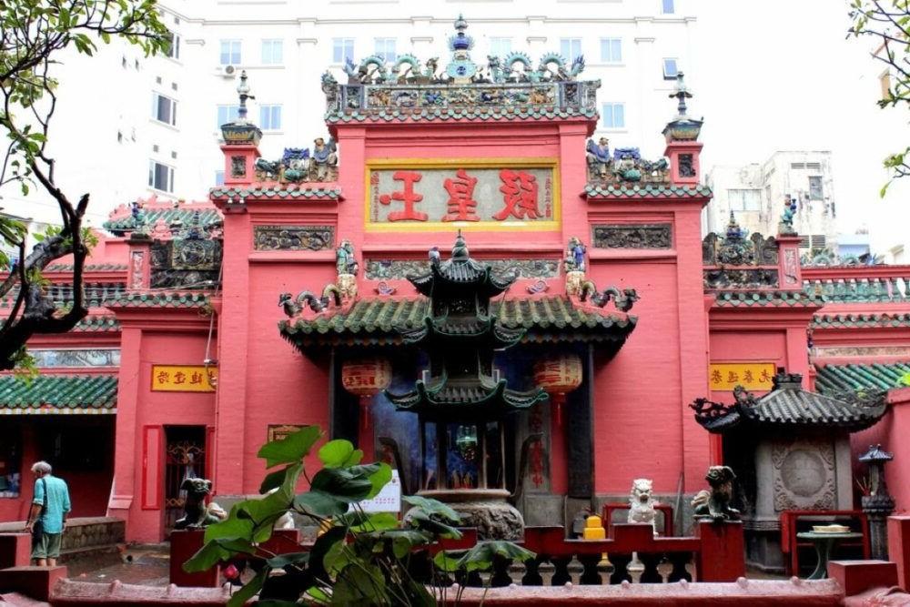 Destino Jade Emperor Pagoda