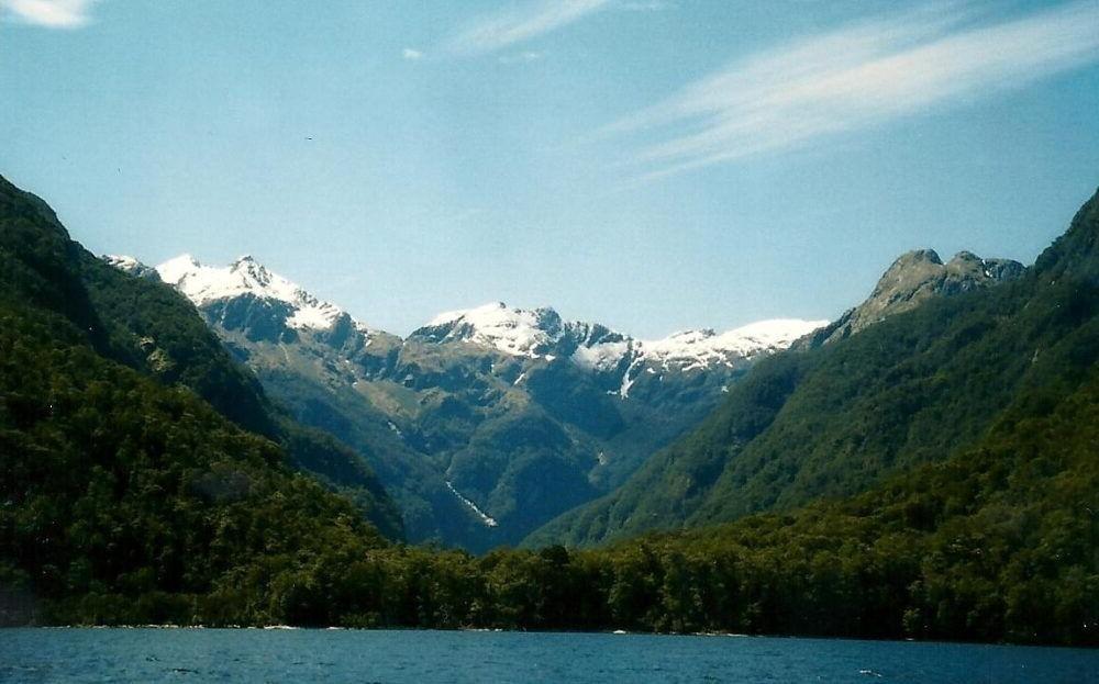 Destino Lago Manapouri