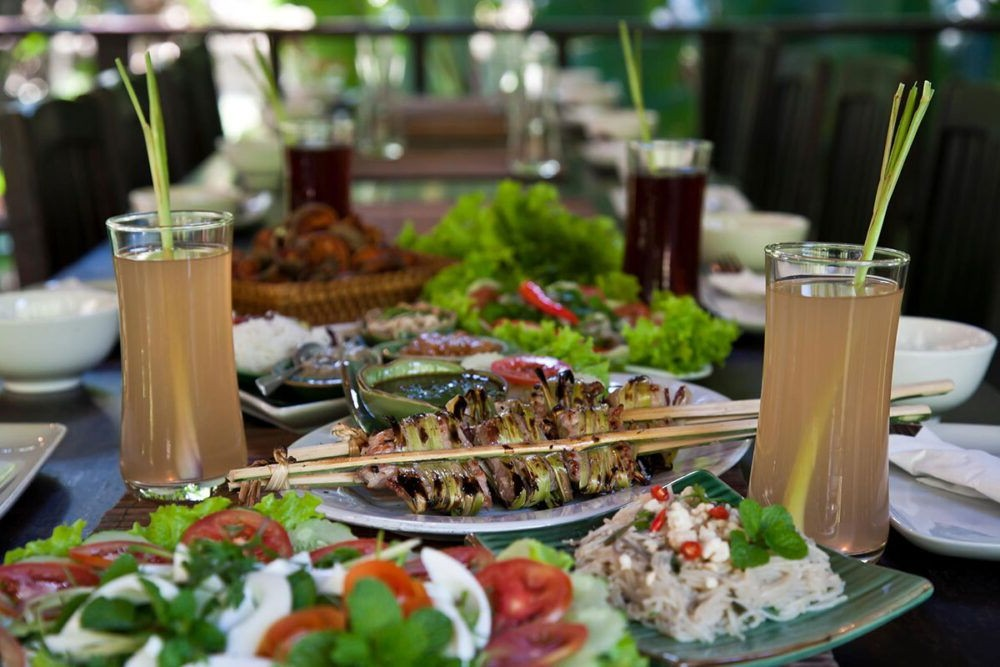 Destino Laos, Cursos de cocina con tamarind