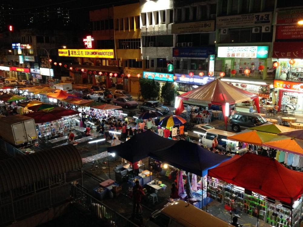 Destino Malasia, Mercado nocturno de Langkawi