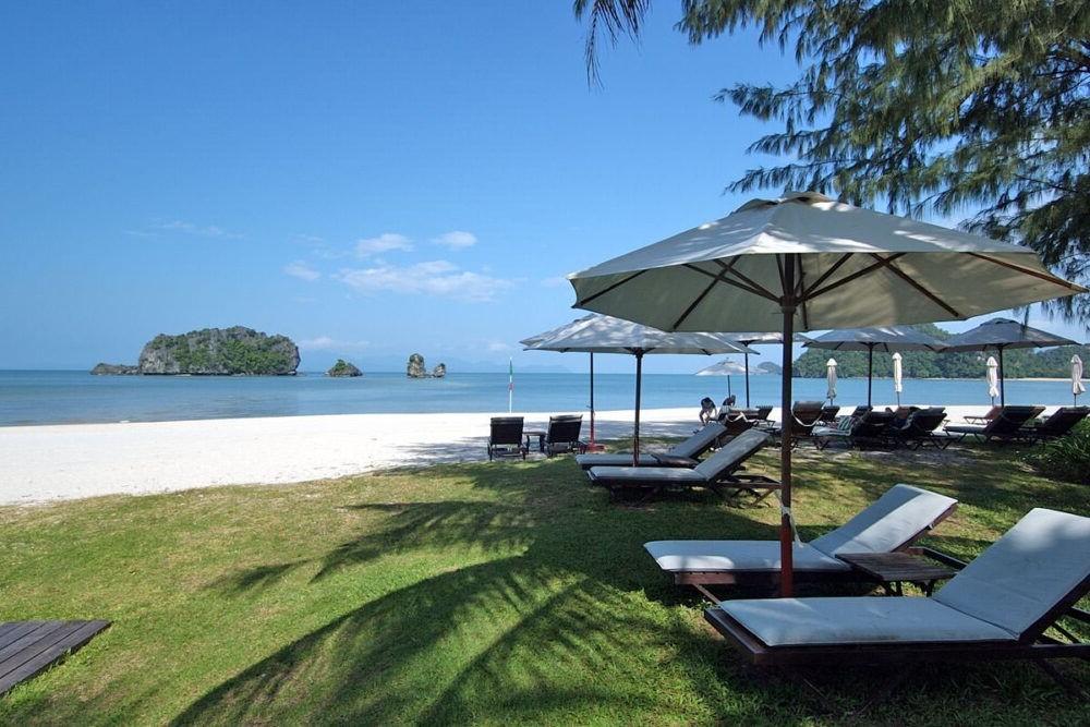 Destino Malasia Tanjung Rhu Beach