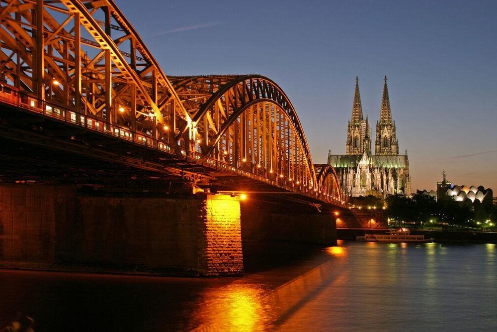 Destino Puente de Hohenzollern