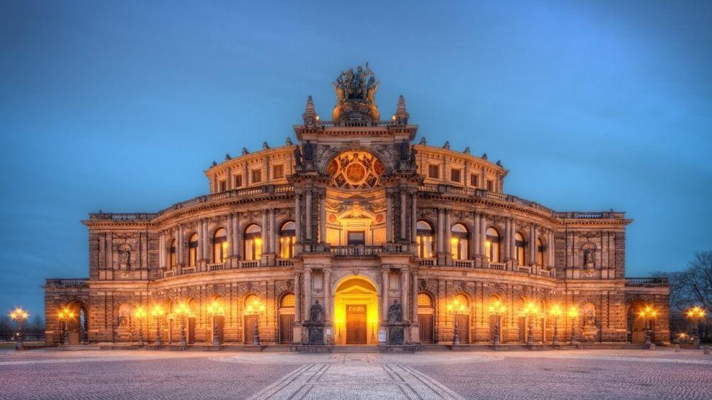 Destino Semper Opera House