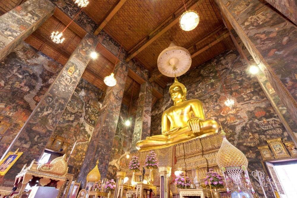 Destino Tailandia, Wat Suthat