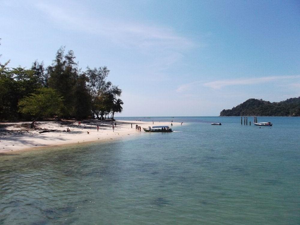 Destino Tengah Beach Malasia