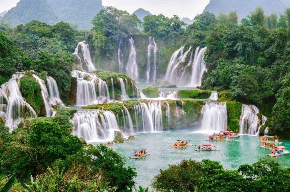 Destino Vietnam, Detian Falls