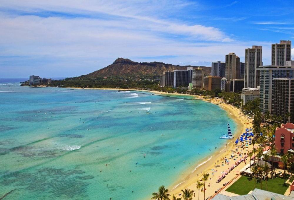 Destino Waikiki Beach