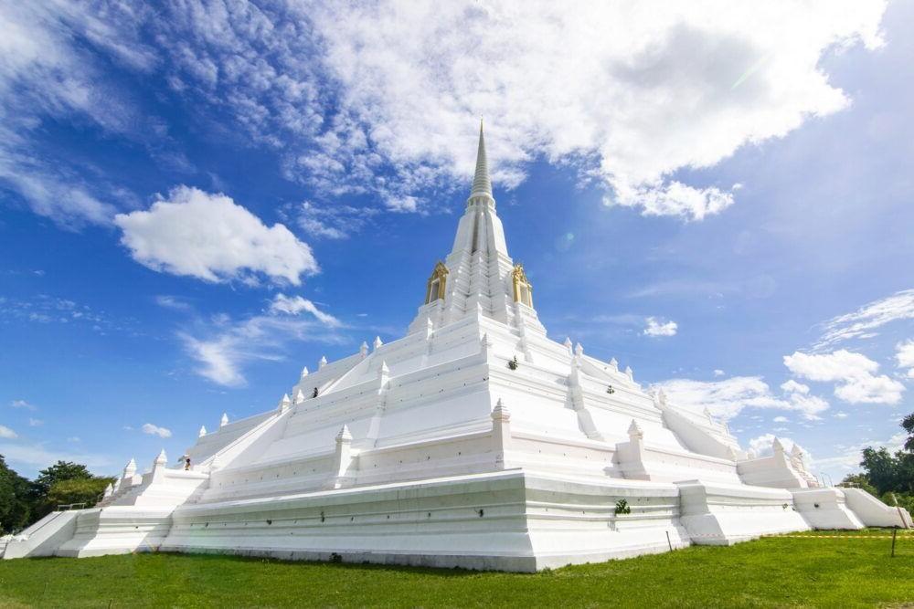 Destino Wat Phu Khao Thong
