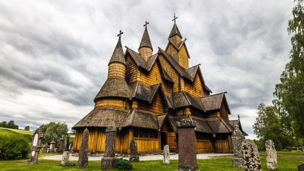 Las 10 iglesias de duelas más bellas de Noruega 2