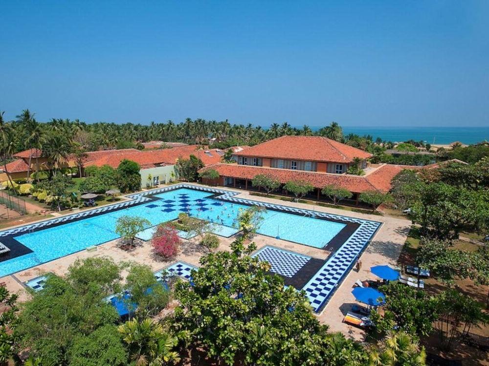 Hospedaje en Club Palm Bay Hotel