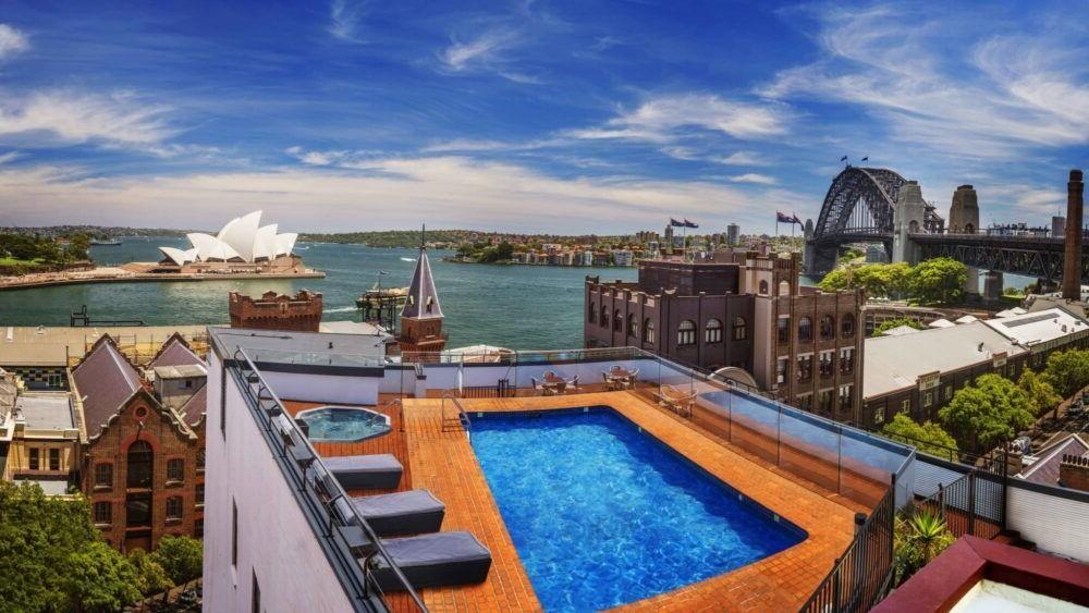Hospedaje en Holiday Inn Old Sydney