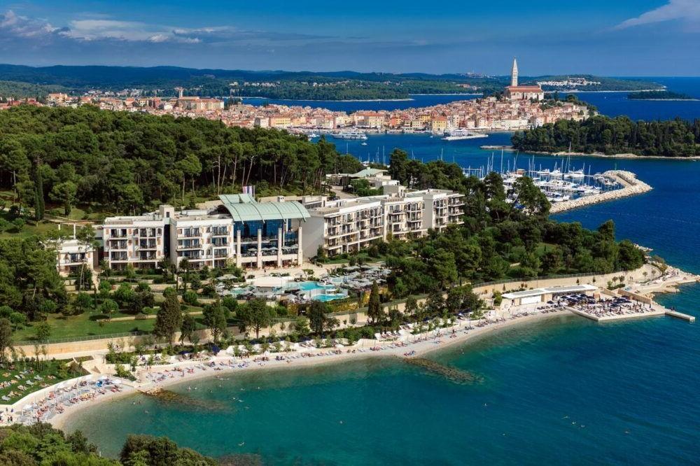 Hospedaje en Hotel Monte Mulini