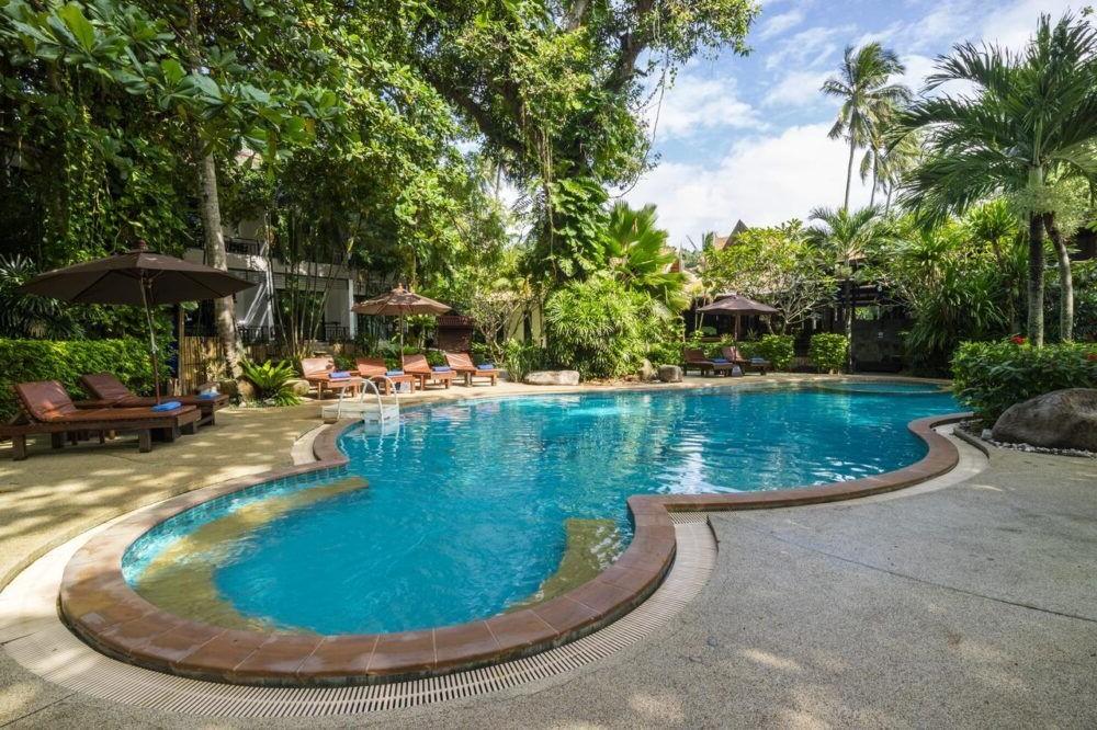 Hospedaje en Sunrise Tropical Resort