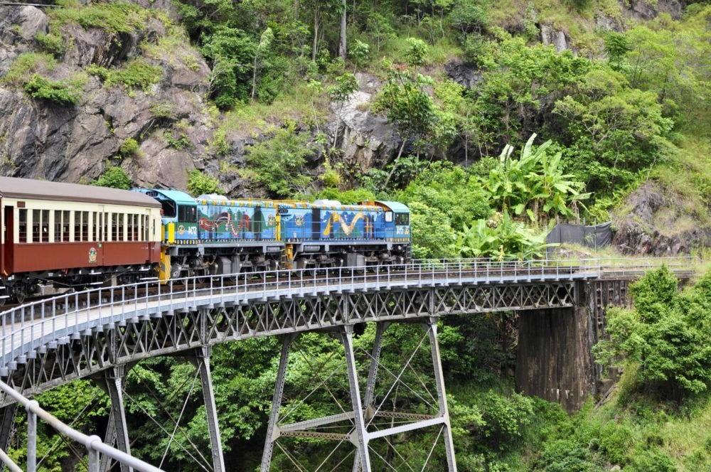 Que hacer en Australia, Ferrocarril panorámico de Kuranda