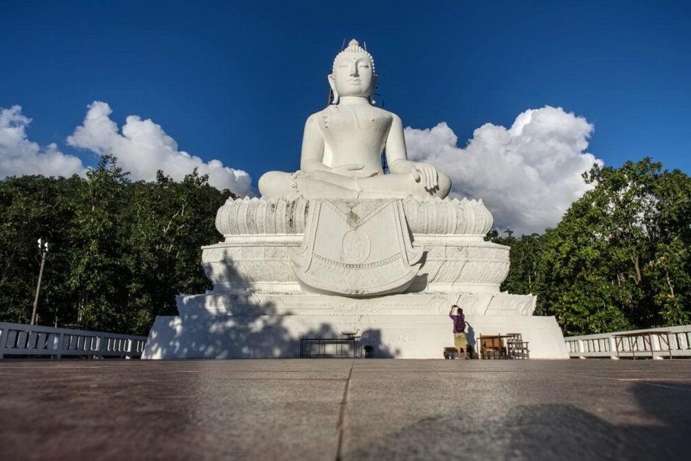 Que hacer en el Wat Phra That Mae Yen Tailandia