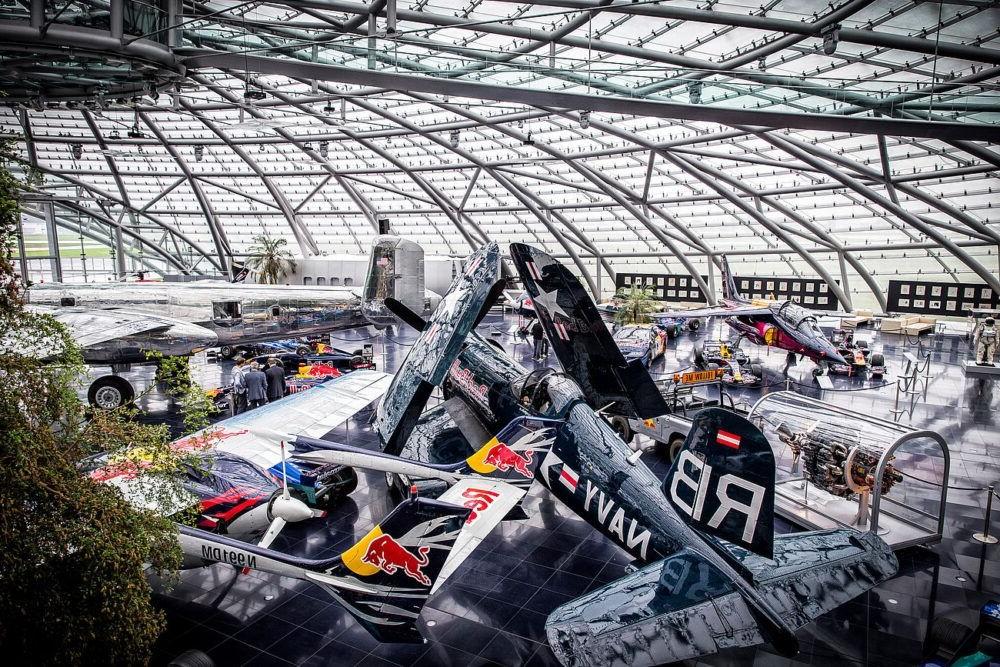 Tour por el hangar 7 salzburgo