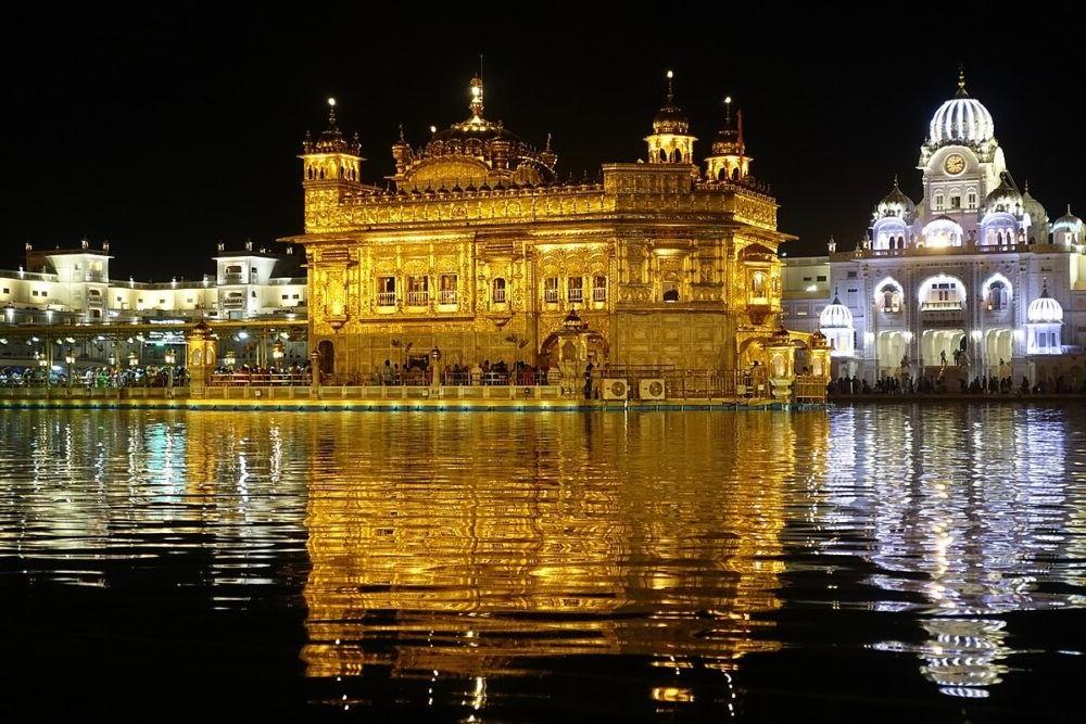 Turismo al Harmandir Sahib India