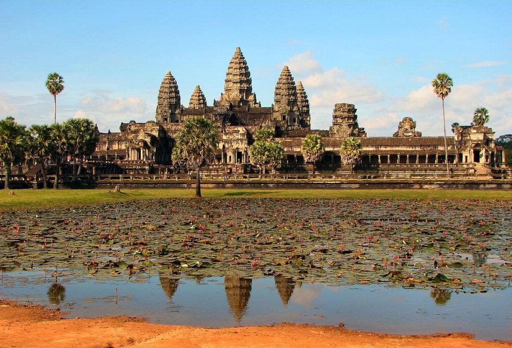 Turismo en Angkor, un tour arqueológico