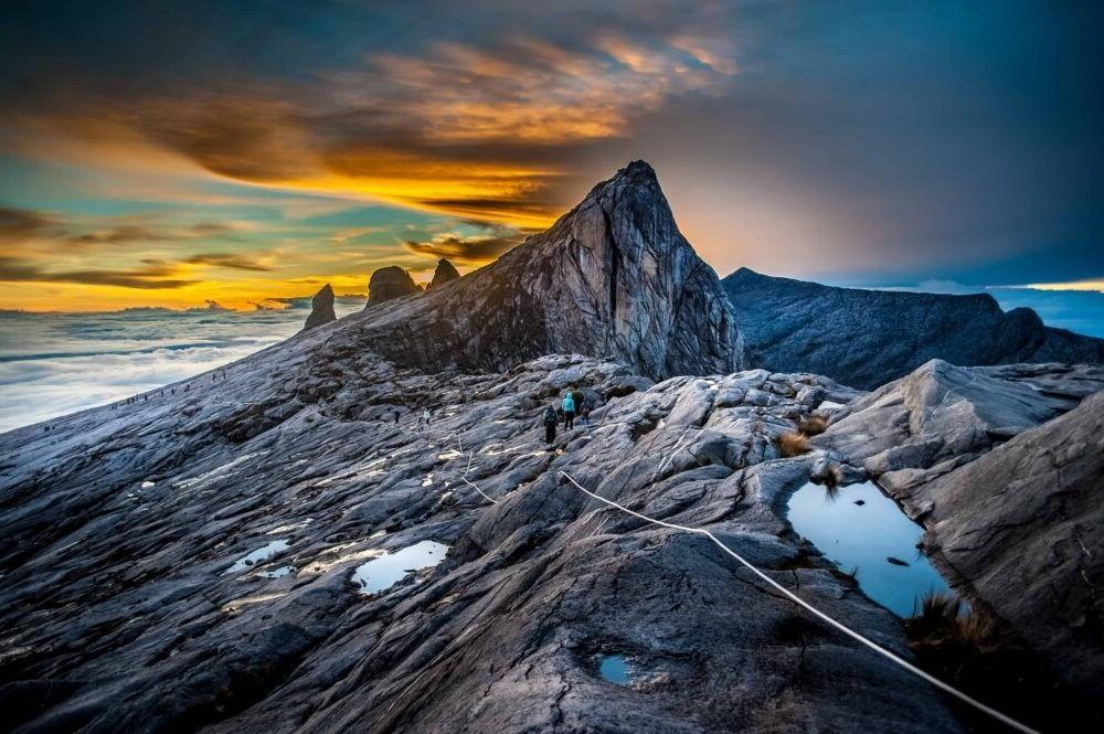 Turismo hacia el Monte Kinabalu