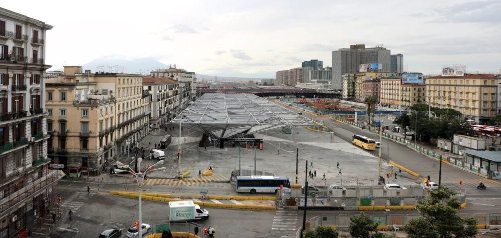 Destino Napoli Piazza Garibaldi
