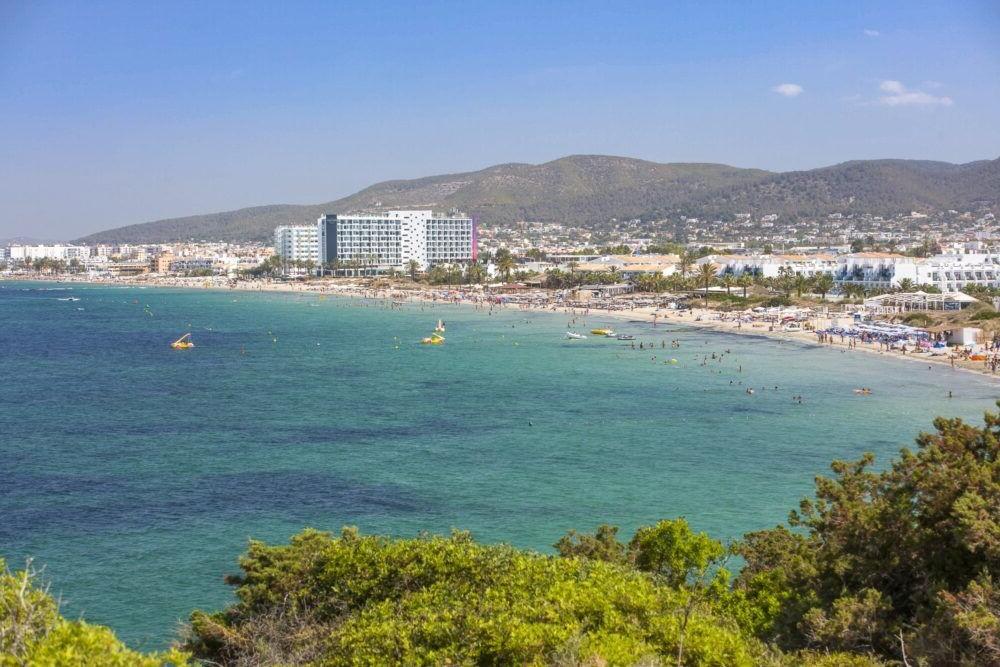 Destino Playa d'en Bossa Ibiza
